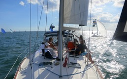 Beneteau sailing on Biscayne Bay Miami IMG 1124