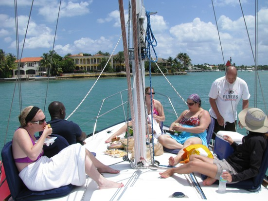 Biscayne Bay Sailing Picnic in Miami