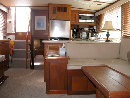 boat accommodation and rental in miami