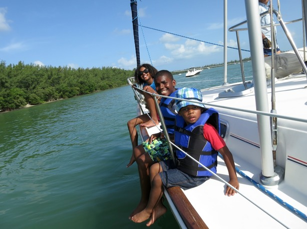 Family Sailing with children in Miami