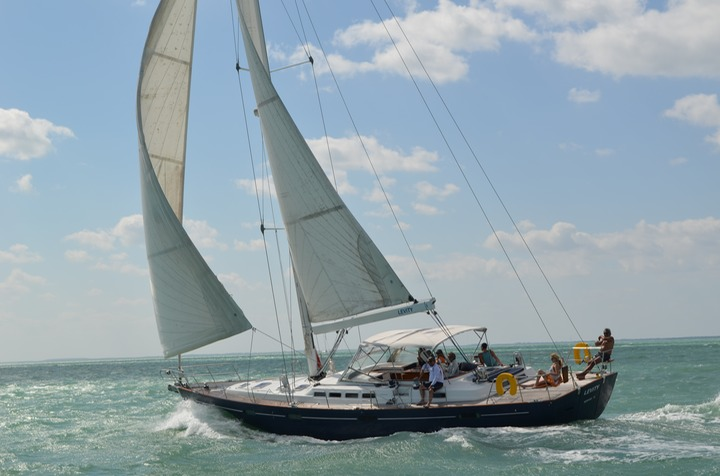 Luxury 12 person charter sailboat in Miami