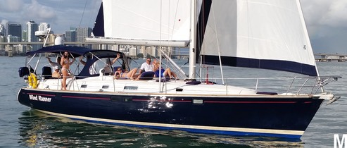 Luxury Sailing on Biscayne Bay Miami