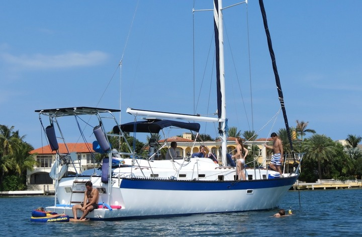 Sailing vacations in South Beach Florida